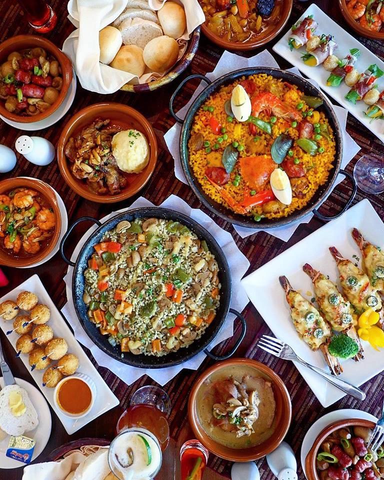 マニラのディナー ☆老舗スペイン料理店ディナー & MOA ショッピング ツアー