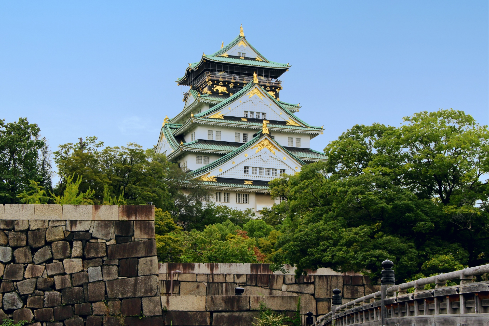 [01] Virtual Tour of Osaka Castle Park in Japan <Live Streaming>
